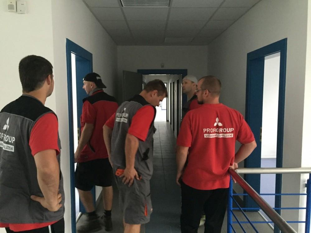 Stěhování interiérů